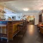 Bar beim Weißen Hirschen